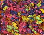 Primadonna Leftover This lot consists of more than 100 hanks of Primadonna yarn. The total weight is 2000 gr (70.5 oz.). Fiber indhold 50% Uld, 50% Akryl, Brand ICE, fnt2-57472